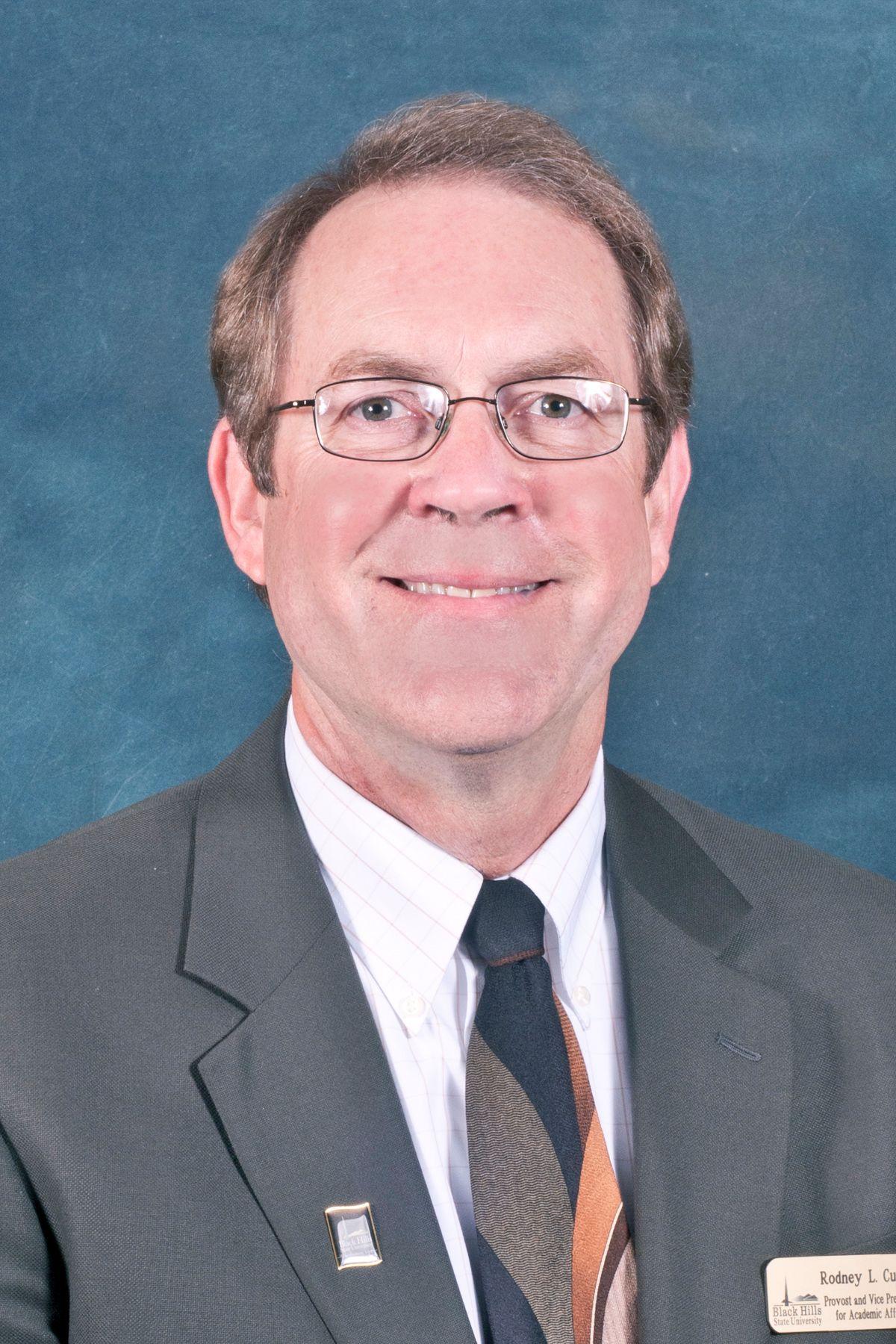 Dr. Rod Custer